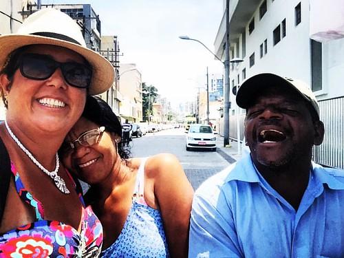 Aqui renasceu o Brasil, a Bahia e Salvador... Descobrir e descoberto é outra história!! ... Gente precisa de gente, para ser gente 🌸🌺🌻🌹Pela Renovação dos valores! Pela Resignificação da vida!🌻Pela iluminaçã