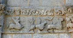 Biron - Saint-Eutrope / Notre-Dame (Martin M. Miles) Tags: france hunting frieze deer 17 biron centaur saintonge charentemaritime poitoucharentes sainteutrope sainteutropiusofsaintes