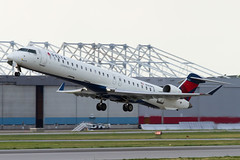 A0045_452 (Vince Amato Photography) Tags: ca canada quebec montreal commercial dorval bombardier crj900 deltaconnection cyul trudeauinternationalairport cr9 crj9 n147pq