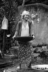 India_North_East_112 (Georg Dombrowski) Tags: life blackandwhite bw woman india reis frau schwarzweiss northeast indien swsw streetphotograhy arunachalpradesh northeastindia sangtivalley spreu
