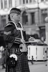 drummer-2 (Mal Urwin) Tags: kilt takumar bagpipes manualfocus scotish newcastleupontyne