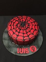 Spiderman cake by Amy, Northern Utah, www.birthdaycakes4free.com