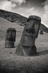 Rano Raraku (zwnk) Tags: moai easterisland rano raraku nui rapa isladepasqua osterinsel