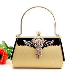 กระเป๋าคลัชออกงาน กระเป๋าถือผู้หญิงแฟชั่นเกาหลีหรูหราเข้าชุดราตรีและงานแต่ง นำเข้า สีทอง - พร้อมส่งAP2556 ราคา1500บาท สำหรับผู้หญิงที่ต้องสวยครบเซทสีทองอร่ามแบบกระเป๋าแบรนด์ดังต้องกระเป๋าออกงานราตรีสไตล์คลัทช์และกระเป๋าไปงานแต่งงานสไตล์กระเป๋าถือระดับคุณน