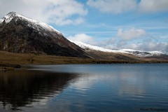Llyn Idwal Reflections * ({House} Photography) Tags: park travel sky lake snow mountains ice water wales clouds national snowdonia idwal housephotography timothyhouse