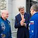 Secretary of State John Kerry Meeting with Astronaut Scott Kelly and Cosmonaut Mikhail Kornienko (NHQ201603240008)