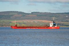 VITA on the Severn (sgreen757) Tags: red forest river boat high ship south tide dean bank cargo estuary severn alpha shipping coaster vita glos sheppardine wwwalphalv