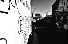 : 497 : (la_imagen) Tags: street people blackandwhite bw streetlife menschen sw insan sokak siyahbeyaz thrace orlu trakya streetandsituation trakien