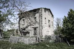 Abbandono (sdrusna79) Tags: landscape casa italia campagna val tuscany di siena toscana rudere colle abbandono delsa allaperto coneo nikond7100