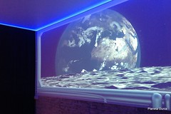 Habitacin Broomx, durmiendo en la luna (Planeta Dunia) Tags: barcelona espaa europa catalonia catalunya habitacin catalua experiencia planeta ipad inmersiva broomx