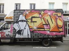 Graffiti van par ?? [GN?] (2013) (Archi & Philou) Tags: streetart unknown graffitivan inconnu paris11