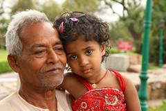Delhi - Qutub minar (Claudio Nichele) Tags: portrait people india face delhi qutub minar inspiring