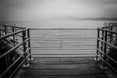 UK - Scotland - Luss (Marcial Bernabeu) Tags: uk cloud wet clouds scotland pier cloudy unitedkingdom united kingdom escocia nubes embarcadero nublado nube bernabeu reino unido reinounido luss marcial bernabu nuboso granbretaa
