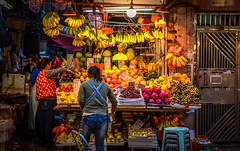 Colorful Stall - Wan Chai, Hong Kong (, ) (dlau Photography) Tags: life city travel vacation people urban color fruits weather shopping colorful natural market lifestyle style stall tourist hong kong attractive vendor grocery wan  visitor soe chai             nikonflickraward