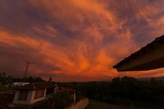 Amanecer 1 (Jos M. Arboleda) Tags: color sol sunrise canon eos rojo colombia jose amanecer cielo 5d nube arboleda markiii popayn ef1740mmf4lusm josmarboledac