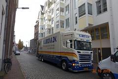 2015.10-30.1336ms NL-Nijmegen, Gelderland (mwe152) Tags: nijmegen gelderland nederland netherlands paysbas scania removals lorry truck hgv lgv lkw beck bdn architecture