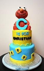 Elmo birthday cake (Tramie's Kitchen) Tags: cake elmo sesamestreet fondant