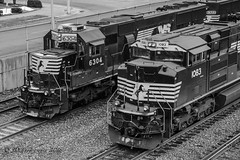 EMDs @ Altoona, PA (Darryl Rule's Photography) Tags: winter snow tower heritage clouds train pc pennsylvania ns trains pa signals pennstate ge alto freight cpl psu freighttrain altoona norfolksouthern summerhill cresson emd intermodal westslope pennsylvaniarailroad pennsy penncentral dpu heritageunit