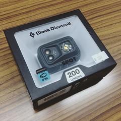 มีไฟฉายคาดหัวกับเค้าซะที แหล่มเลยตัวนี้ สว่างหยั่งกะไฟรถสิบล้อ!!! #blackdiamond #blackdiamondspot