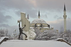 Central mosque and the earthquake monument (oskaybatur) Tags: morning winter cold monument turkey landscape snowy sunday trkiye january mosque bolu 2016 turkei pentaxian justpentax pentaxart pentaxk3 smcpentaxda50mmf18 oskaybatur