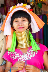ad4A7806S (forum.linvoyage.com) Tags: portrait people girl smile asian thailand happy women outdoor karen longneck national myanmar ethnic geographic  natgeo kayan     trive longnecked  padung