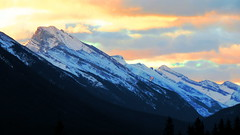 The view from Rimrock Resort in Banff (jr-transport) Tags: park mountains rock hotel spray resort valley banff rim hotspring rundle rimrock