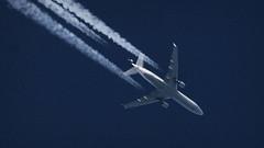 Lufthansa MD-11 in flight (deanhammersley) Tags: cruise sky inflight altitude jet trails cruising cargo douglas contrails lufthansa mcdonald md11 trijet