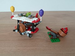 LEGO THE ANGRY BIRDS MOVIE 75822 Piggy Plane Attack (Totobricks) Tags: red plane pig lego egg howto instructions build biplane minifigure minifigures angrybirds pilotpig badpiggies totobricks theangrybirdsmovie piggyplaneattack lego75822