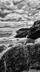 26/04/2016 day 247 : Biarritz (shaye.photo@yahoo.fr) Tags: ocean lighthouse white black weather noir cloudy figurine miss blanc phare biarritz meteo iphone atlantique ocan project365 365days 500px 365photos iphonephoto missmeteo ifttt iphone6s