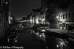 20110326_9069_Venetie-bw (Rob_Boon) Tags: venice cityscape zwartwit nacht italie venetie cannaregio cityarchitecture robboon silvefpro2
