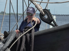 Woman Power, Fancy Ropework   --   L1020408 (mshnaya) Tags: leica columbus square point photo flickr shoot sailing ship foto florida christopher picture explore rig nina exploration caravel compact pinta leicac