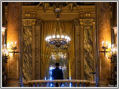 Opra Garnier - Paris (baladeson) Tags: light paris france monument architecture nef lumire opra colonne opragarnier