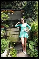 nEO_IMG_IMG_0260 (c0466art) Tags: blue light portrait window girl beautiful face canon store nice pretty slim outdoor gorgeous ale skirt el east short figure salvador taipei tall charming steet 1dx c0466art fashional