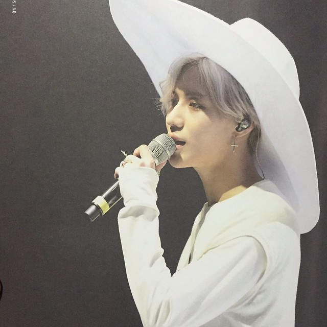 160421 SHINee @ Photobook SHINee World Concert IV 26296978610_fc959efd58_z