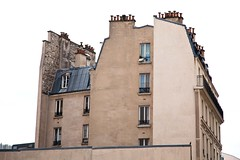 lot (Gerard Hermand) Tags: sky paris france building window wall canon pigeon ciel mur fentre faade immeuble frontage eos5dmarkii formatpaysage gerardhermand 1310222518