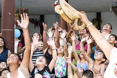 Espera... (acheleyva) Tags: people mxico persona gente personas volo bolo bautizo tradicion documental expresions expresin expresiones retratodocumental