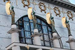Art Nouveau-Angels (PIXXELGAMES - Robert Krenker) Tags: vienna wien portrait sculpture church gold wings fuji praying kirche artnouveau fujifilm fujinon goldwings steinhof goldenwings xt1 weings ottowagnerkircheottowagner