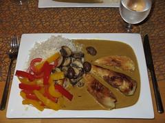 Hhnchenbrustfilet mit Curry-Soe, Paprikagemse und Champignons (multipel_bleiben) Tags: essen pilze gemse sose geflgel