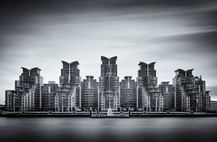 Metropolis (Simon-Leigh) Tags: sky london thames river mono nikon vle 10stop d700