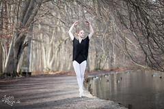 CuoreDiDiamante (judithrouge) Tags: wood ballet lake forest see dancer elegant wald ballett tnzerin toedance spitzentanz