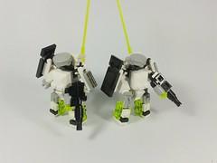 Neon Soldiers (Vitor O S Faria) Tags: lego mecha mfz mobileframe mf0 mobileframezero