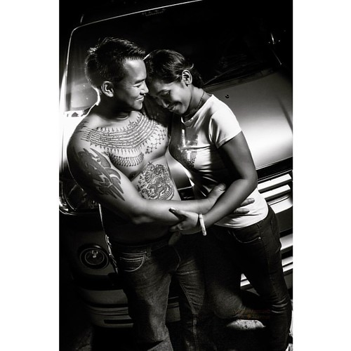 Loving husband, with Sak Yant tattoo by Ajarn Meuk facebook.com/ajarnmeuk #orangemarcus #iam_orangemarcus #thai #sakyant #ajarnmeuk #tattoo #tattoos #yantra #tattooart #sakyantmagicaltattoo #sakyanttatoos #chaam #huahin #thaitattoo #sakyantlife #ink