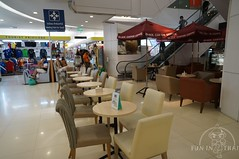 The Platinum Fashion Mall (funinthai) Tags: shopping thailand group thai backpacker platinum tout       funinthai