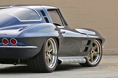 Barry's Roadster Shop 1964 Corvette Stingray on Center Locking Forgeline RS6 Wheels (Forgeline Motorsports) Tags: chevrolet stingray chevy corvette c2 forged madeinusa rs6 forgeline heritageseries forgedwheels forgelinewheels notjustanotherprettywheel