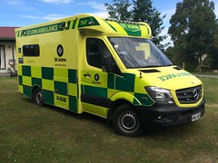 HML 405 (ambodavenz) Tags: new st john mercedes benz ambulance zealand vehicle sprinter 319cdi