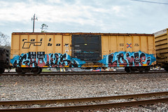 (o texano) Tags: bench graffiti texas houston trains sws d30 wh lowe freights ghouls a2m benching gouls