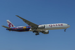 ORD 4-17 (Nicola Berry) Tags: chicago plane airport nikon aviation 10c ohare il special boeing fcbarcelona arrivals qatar planespotting boeing777 ohareairport d5300 nikond5300 runway10c