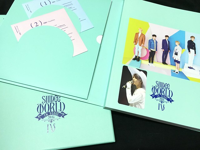 160421 SHINee @ Photobook SHINee World Concert IV 25966759503_5d0680ed62_z