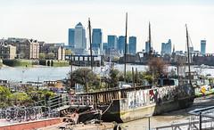 6126 (steeljam) Tags: london thames river garden square nikon roads barge owner d800 moorings downings steeljam
