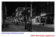 Rue Des Forges, Trois-Rivières le lundi soir. (Mario Groleau | mgroleau.com) Tags: canada quebec troisrivieres geolocation mariogroleau exif:make=sony camera:make=sony exif:aperture=ƒ40 mgroleaucom exif:focallength=35mm exif:lens=e35mmf18oss exif:isospeed=2500 camera:model=ilce6000 exif:model=ilce6000